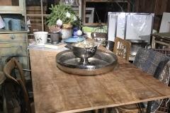 Stort matbord industri 210 cm. Dansk design med kalkad skiva.