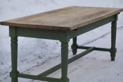 Matbord i fransk lantstil.